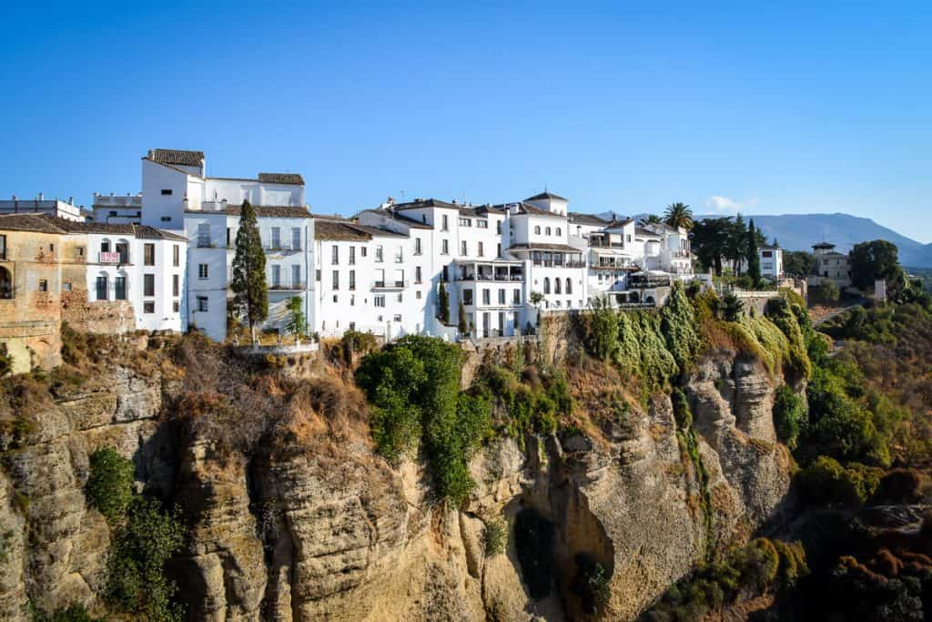 The best things to do from Seville, for example a day trip to Ronda.
