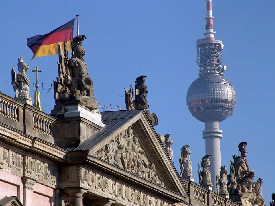 Most accommodation options in Berlin can be found near known landmarks, but there are also alternatives available.