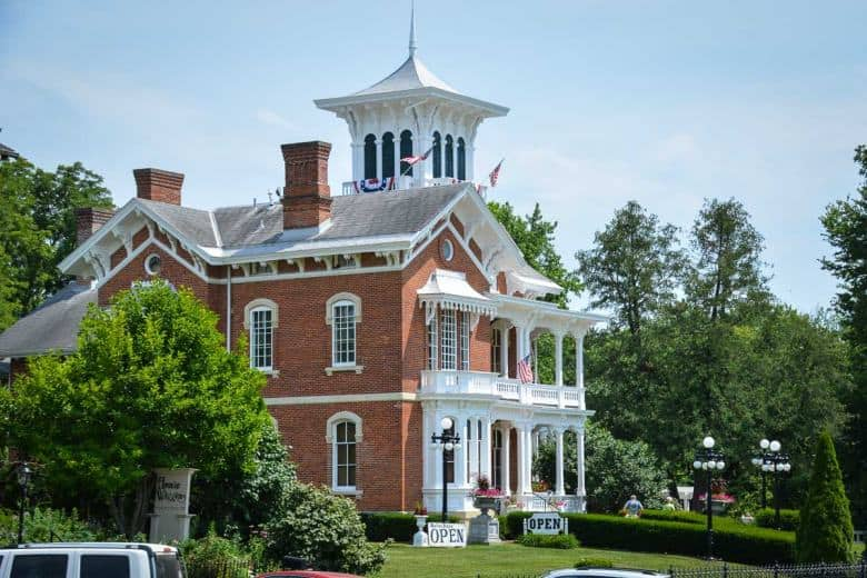 This is the Belvedere Mansion, a grand mansion that sets the tone as you enter the town of Galena.