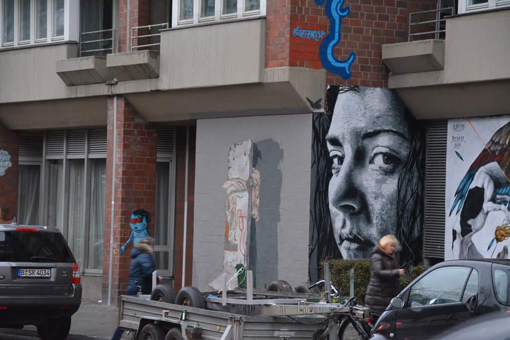 In the neighbourhood of Urban Nation, along Bülowstrasse, you will find a curated gallery of street art and murals.