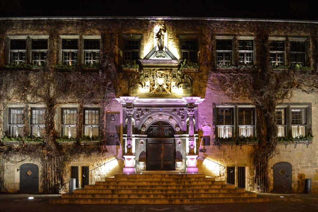 The old town hall is one of the top attractions in Quedlinburg. The light installations show if off just perfectly.
