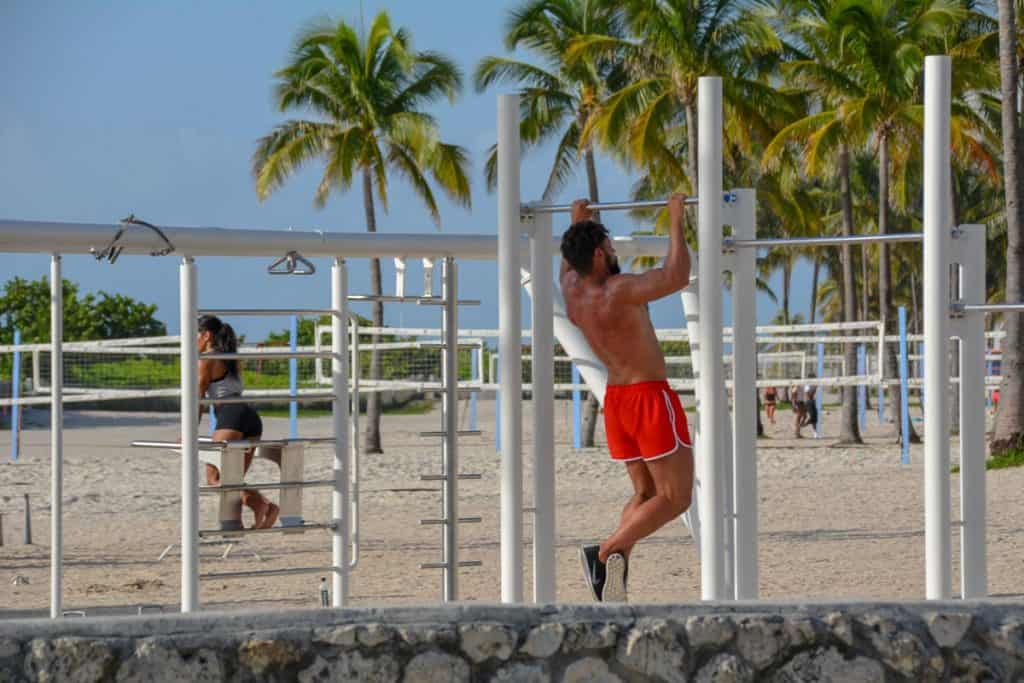 South Beach is certainly one of the craziest tourist places in Miami. It never gets boring. Just spent a couple of minutes at Muscle Beach and feel entertained.